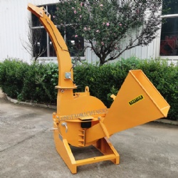 BX62S middle size portable wood chipper with shear bolt PTO shaft for sale
